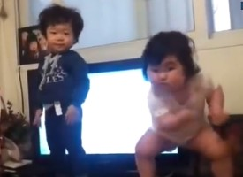 This Chubby Baby Wants To Dance!