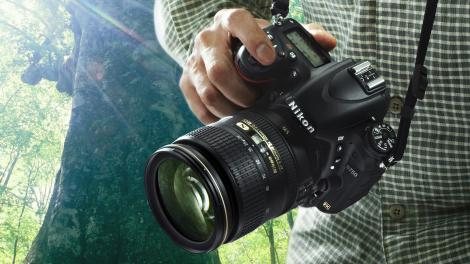 Updated: Best full frame DSLR 2015: Canon vs Nikon vs Sony | King ...