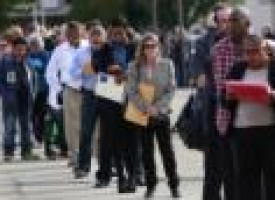 U.S. jobless claims post largest increase since February