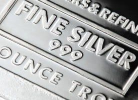 A Remarkable View Of The War In Silver And The U.S. Dollar