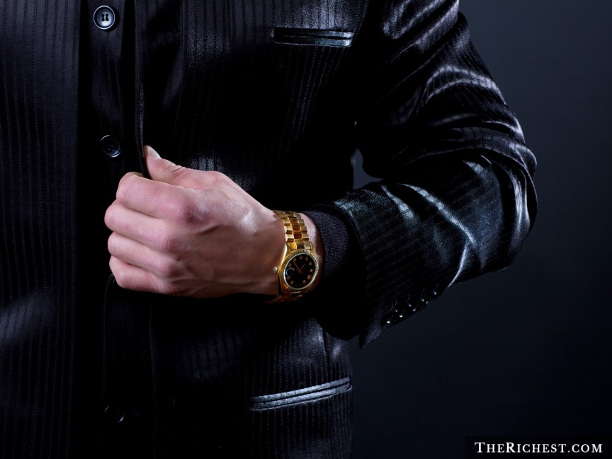 TheRichest.com_Gold-Watch