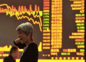Stock Collapse In China Fuels Worldwide Panic