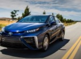 2016 Toyota Mirai Fuel-Cell Sedan – Instrumented Test