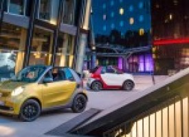 2017 Smart Fortwo Cabriolet Debuts: New-Gen Car, Four Percent More Roof – Official Photos and Info
